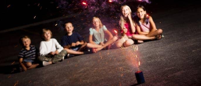 children watching bonfire night fireworks