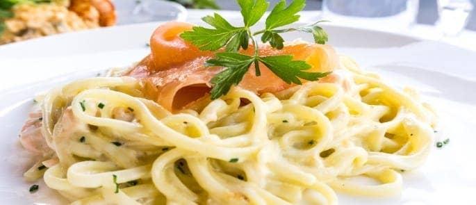 salmon spaghetti dish