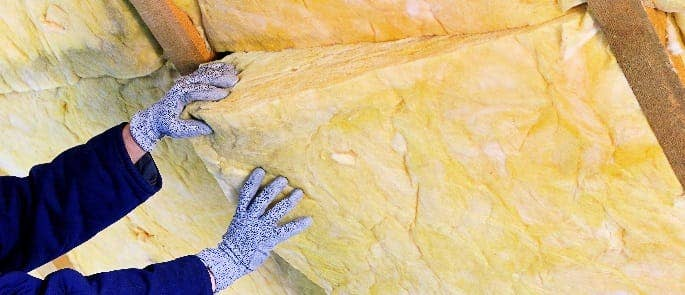 asbestos being used in insulation