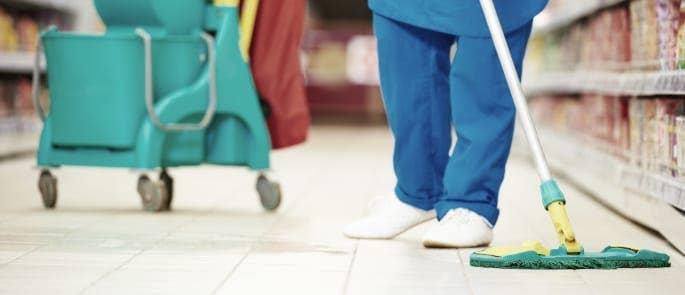 cleaning floor slip risk