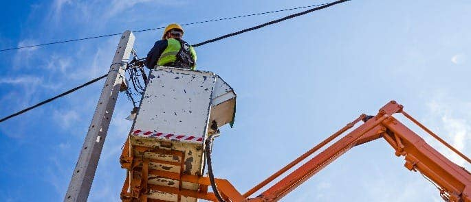 overhead power cables electrical safety on construction sites