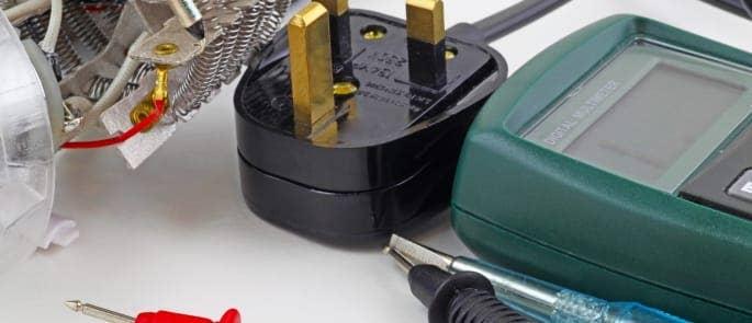 pat testing equipment plug