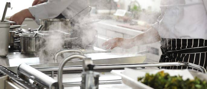 commercial kitchen chefs