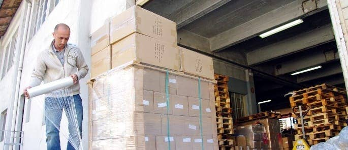 pallets shrink wrapping for warehouse safety