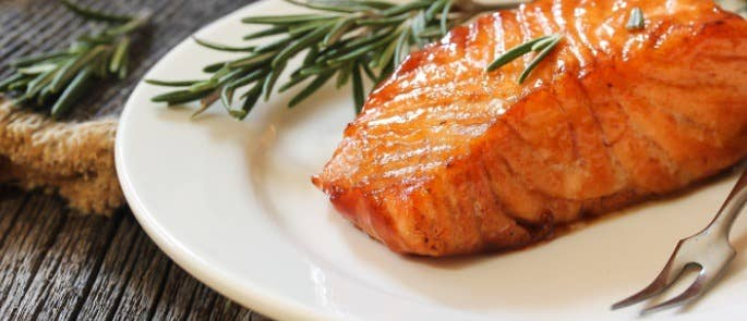 Reheated fillet of salmon on a plate