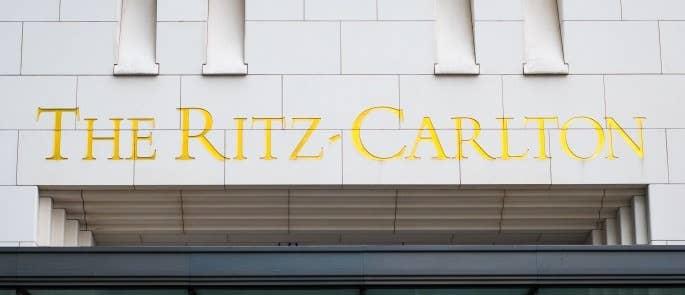 Ritz-Carlton Logo