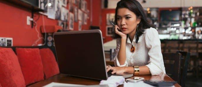 restaurant manager planning how to run her restaurant